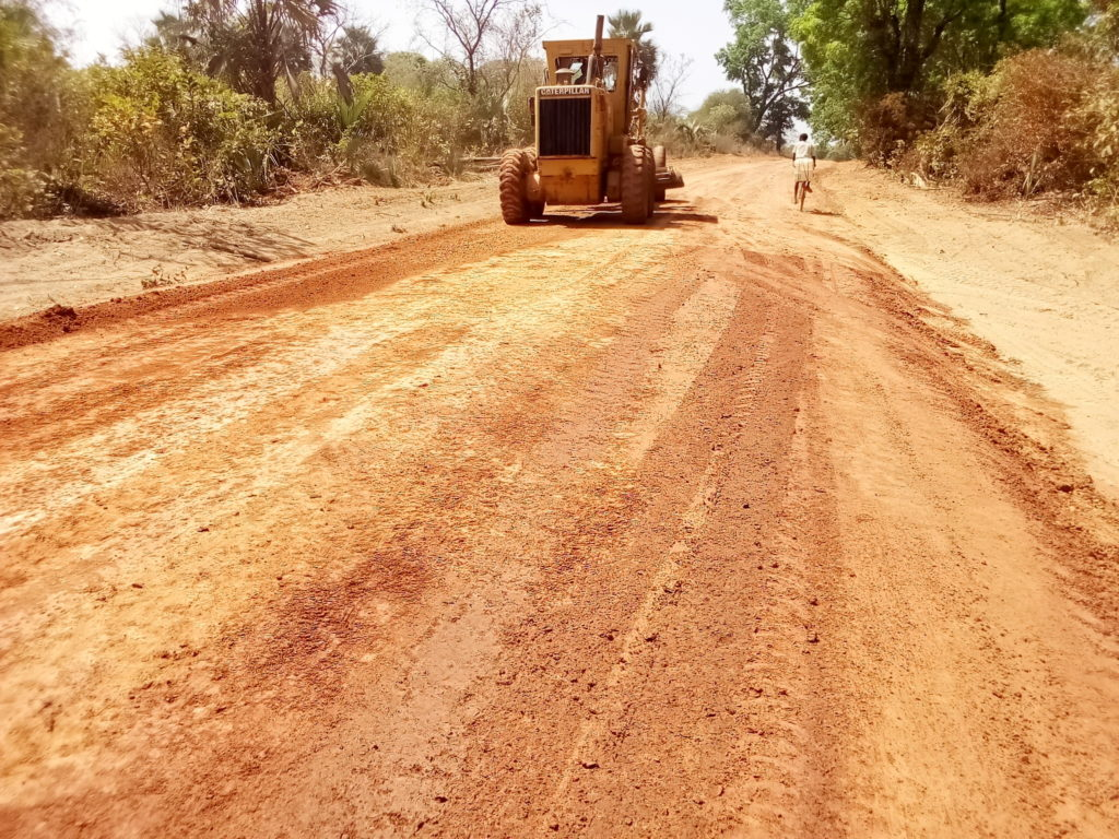 Road construction - Lifft-Cashew Project - Shelter For Life International